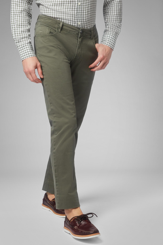 Pantalón Regular Fit De Algodón Elástico Con 5 Bolsillos