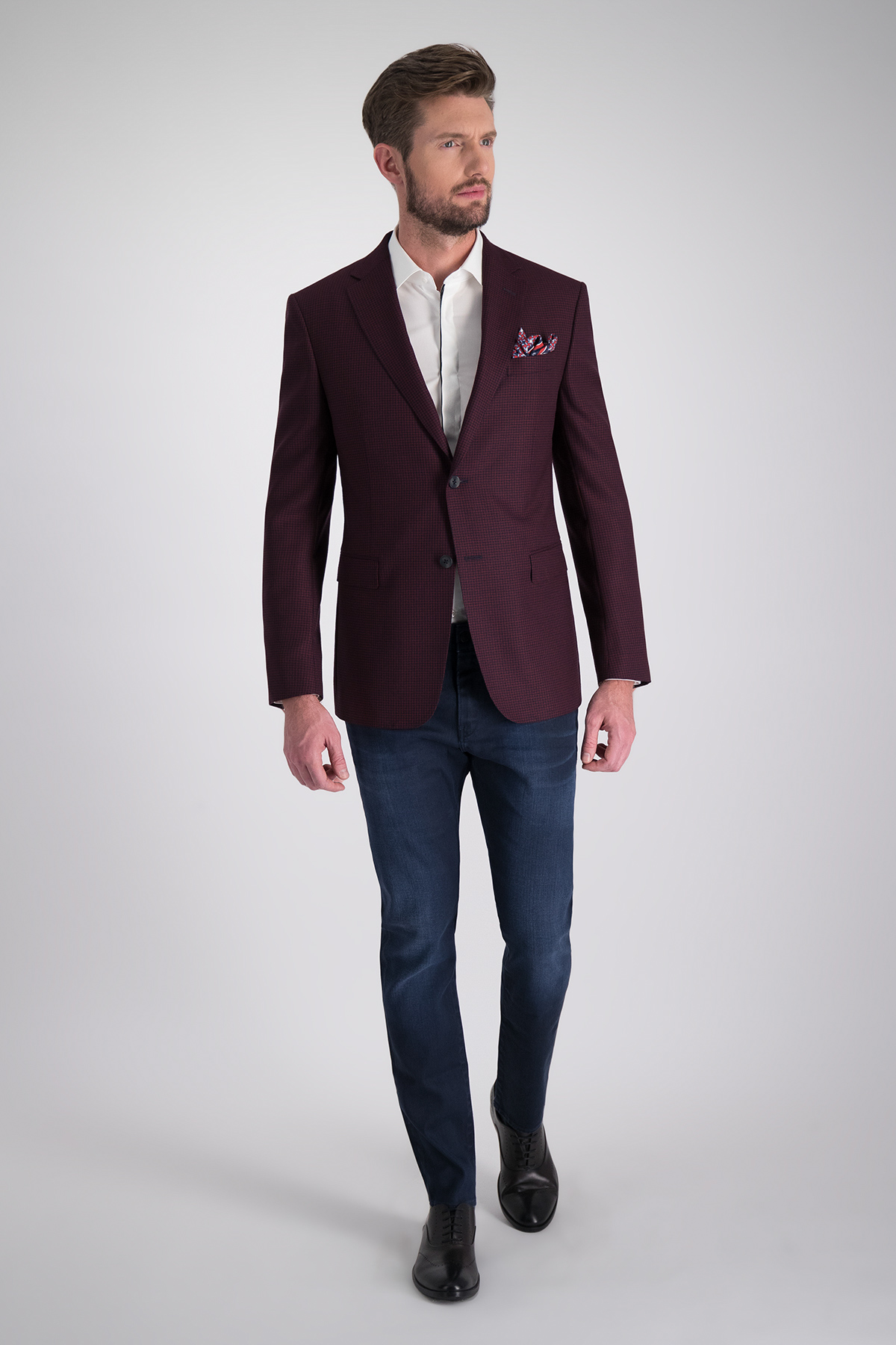 Saco de Vestir marca Z ZEGNA micro cuadros color vino con azul