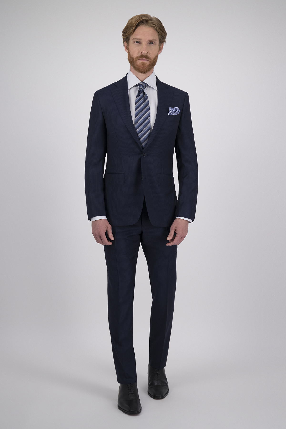 "Traje Canali ""Made in Italy"" Azul a Rayas Corte Slim, 100% Lana Calidad Super 150´s."