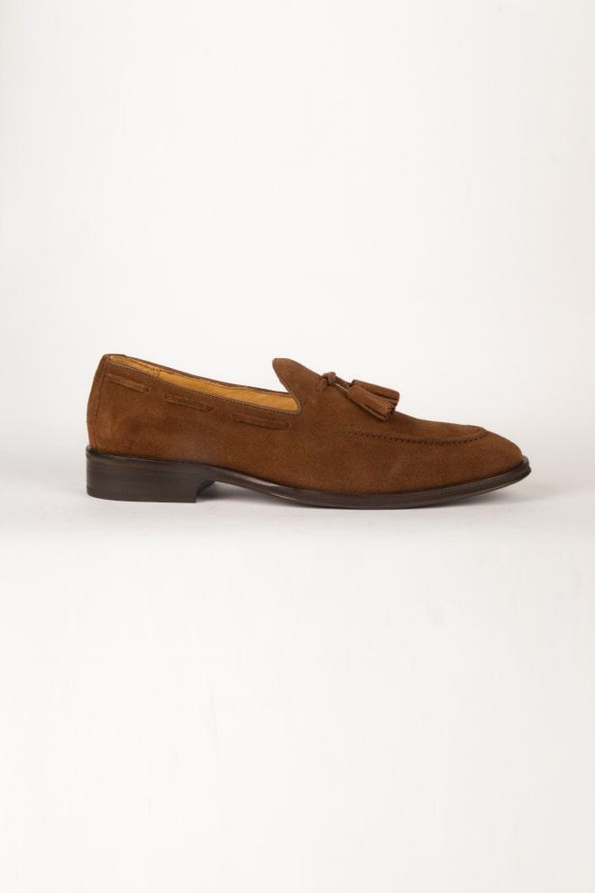 """Calzado CALDERONI, modelo """"Mocasín de Gamuza""""  color café."""